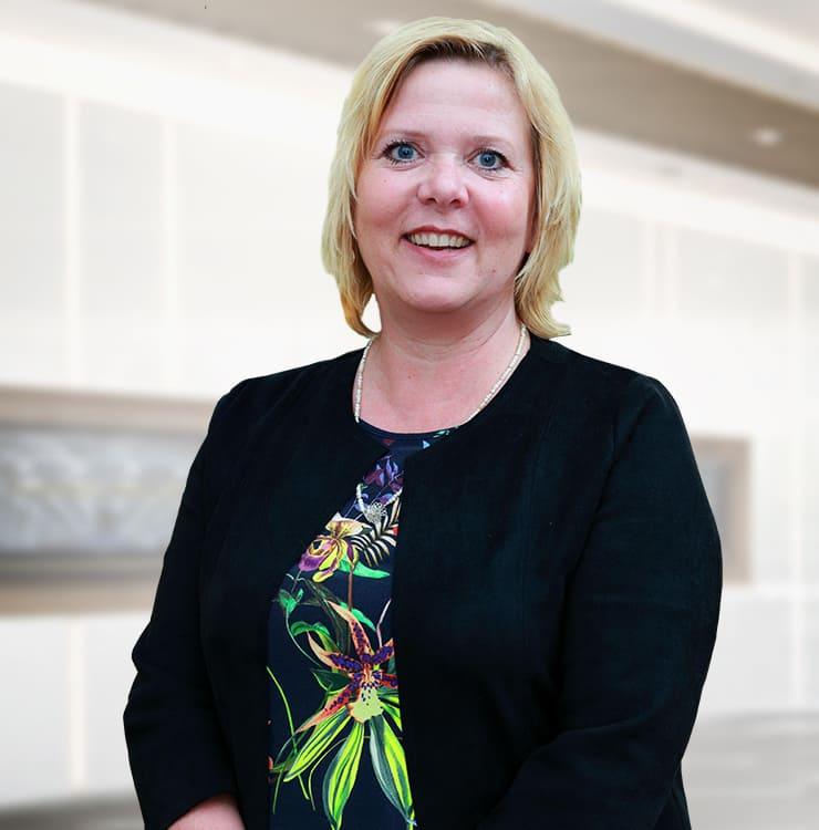 Petra Zinkweg | Director